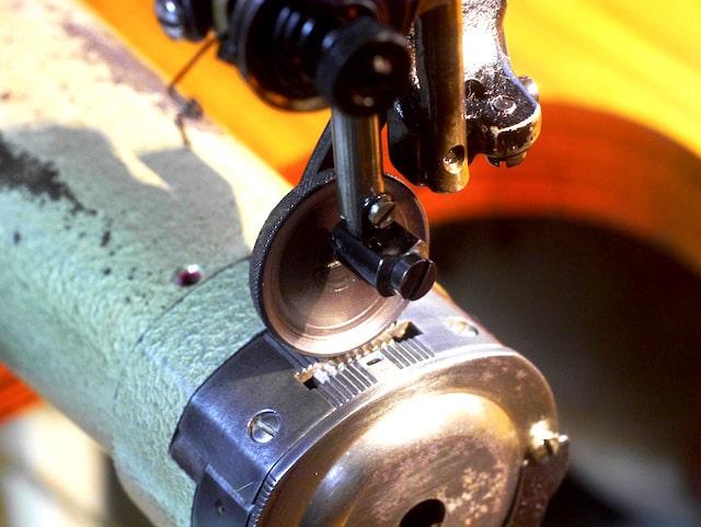 革用の工業用ミシン